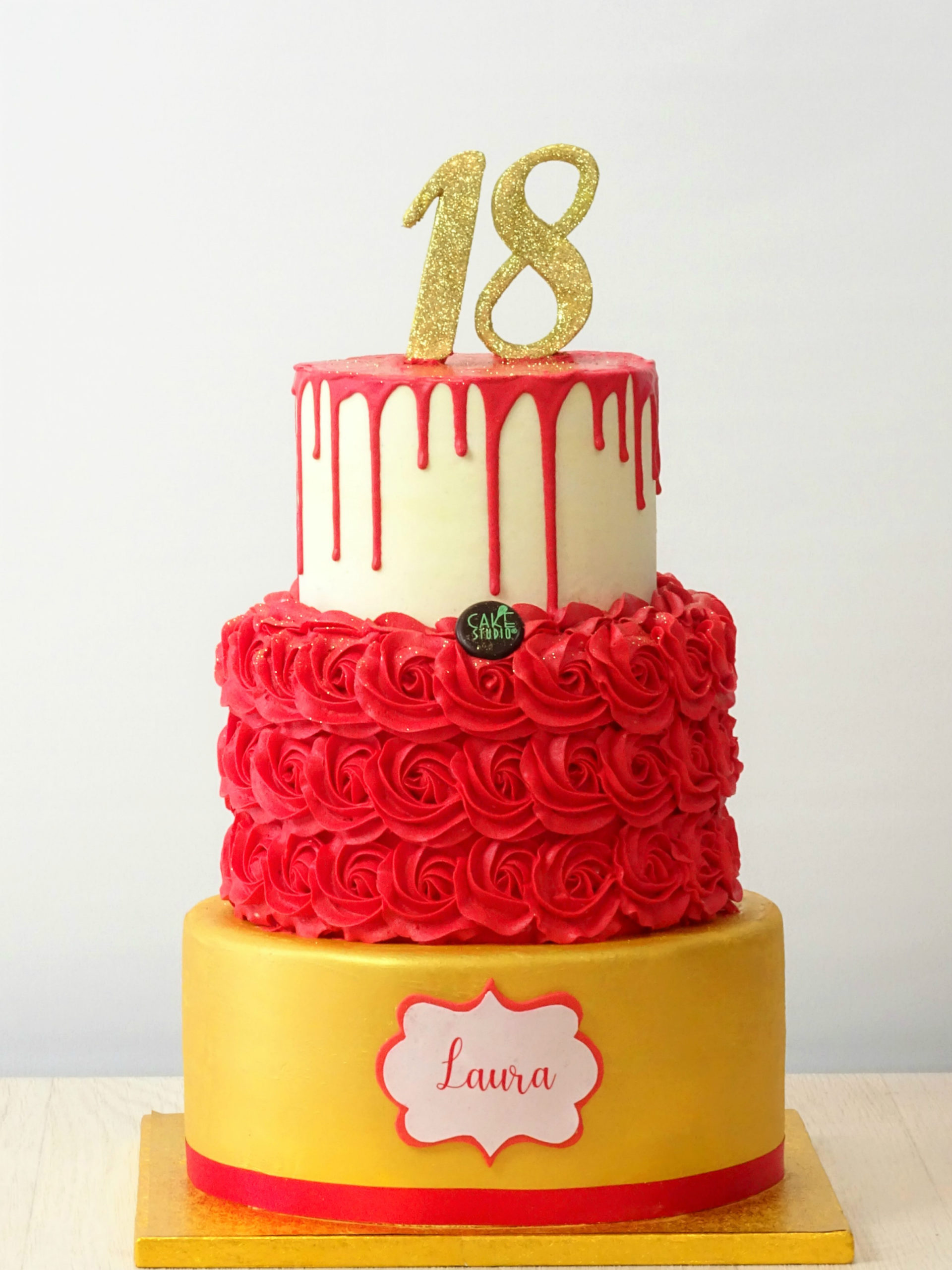 torta 18 diciottesimo compleanno bianco oro glitter rosso