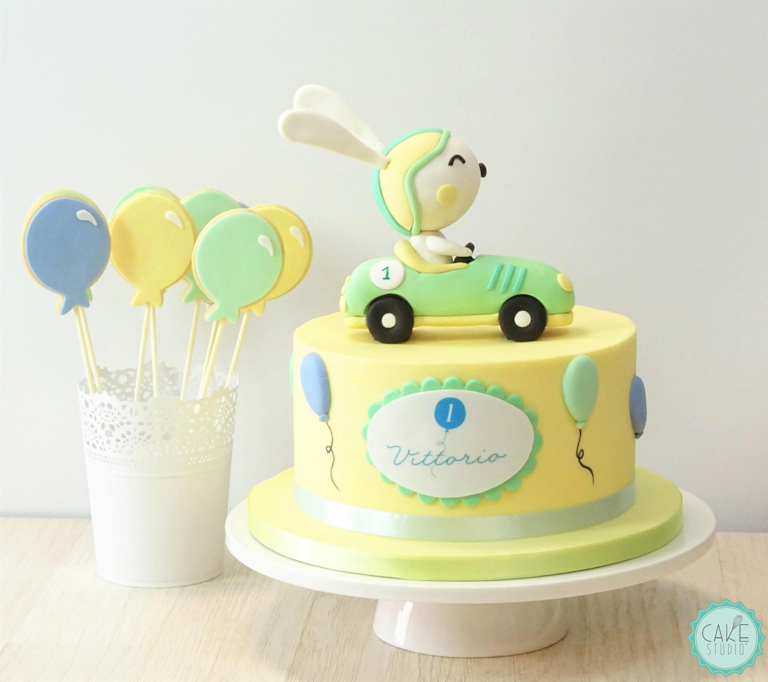 torta e biscotti palloncino primo compleanno bambino coniglio auto