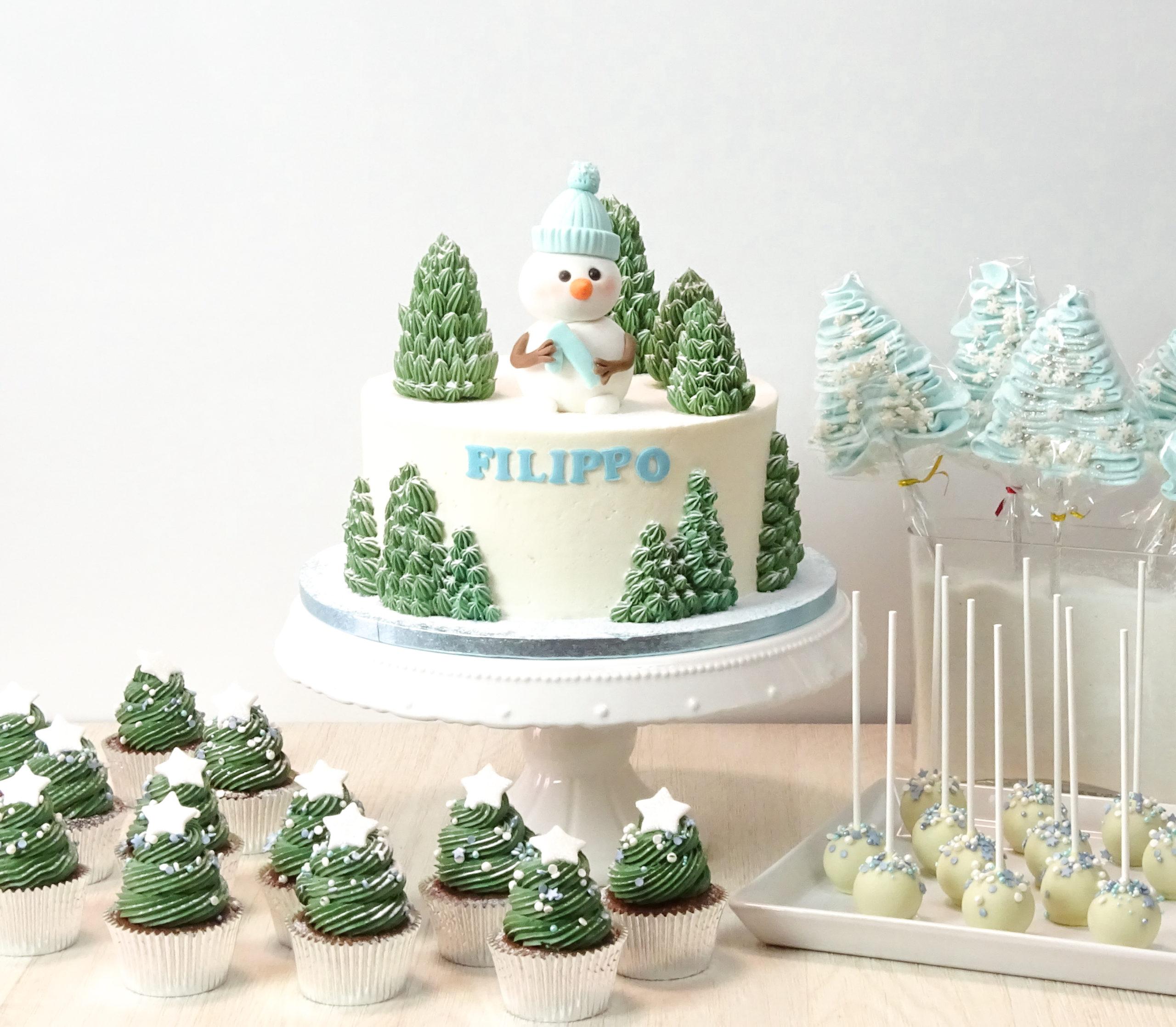 torta baby shower inverno pupazzo neve cupake abeti natale cake pop meringhe