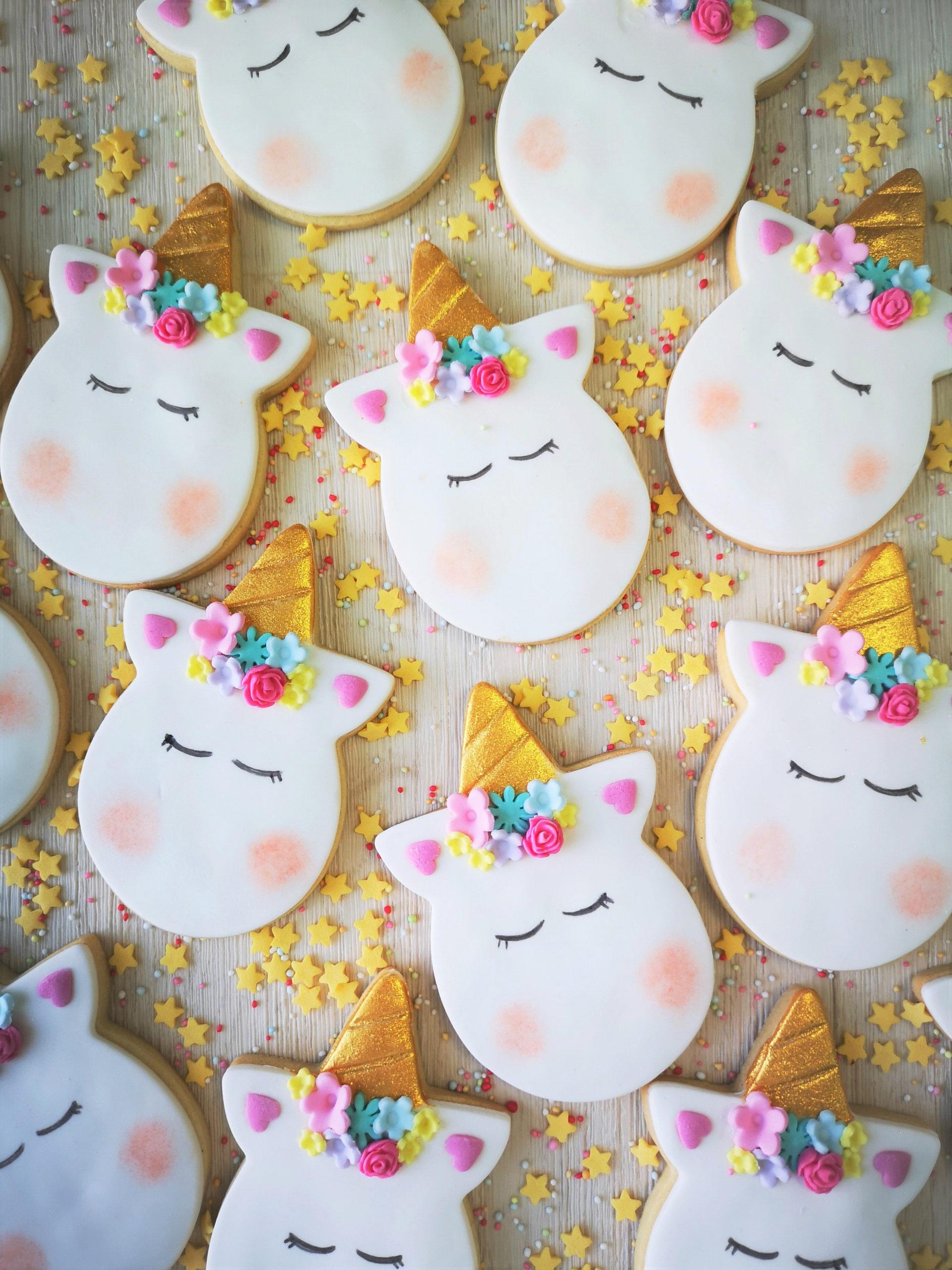 biscotti unicorno fiori colorati