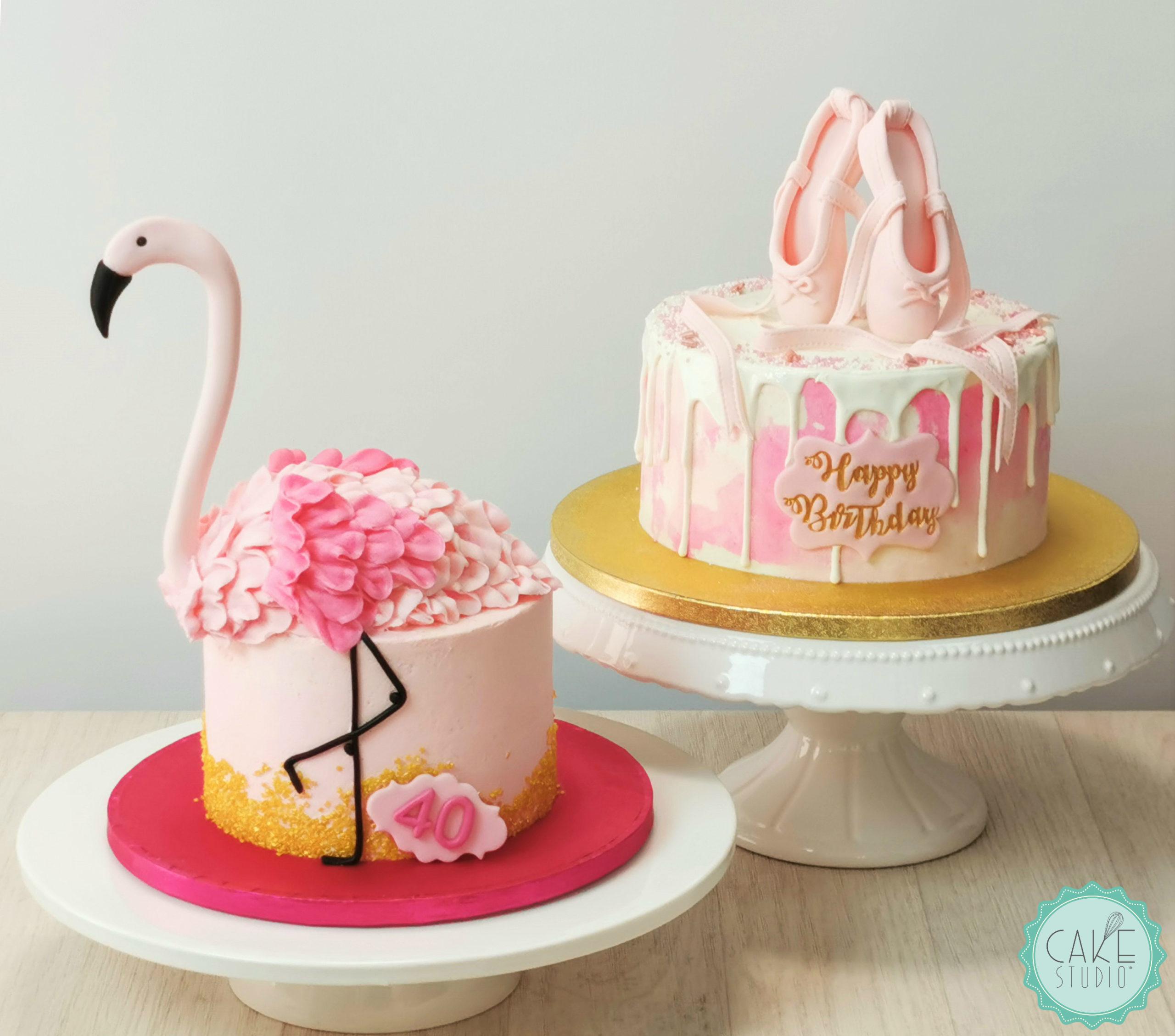 drip cake con scarpette ballerina e torta con fenicottero rosa