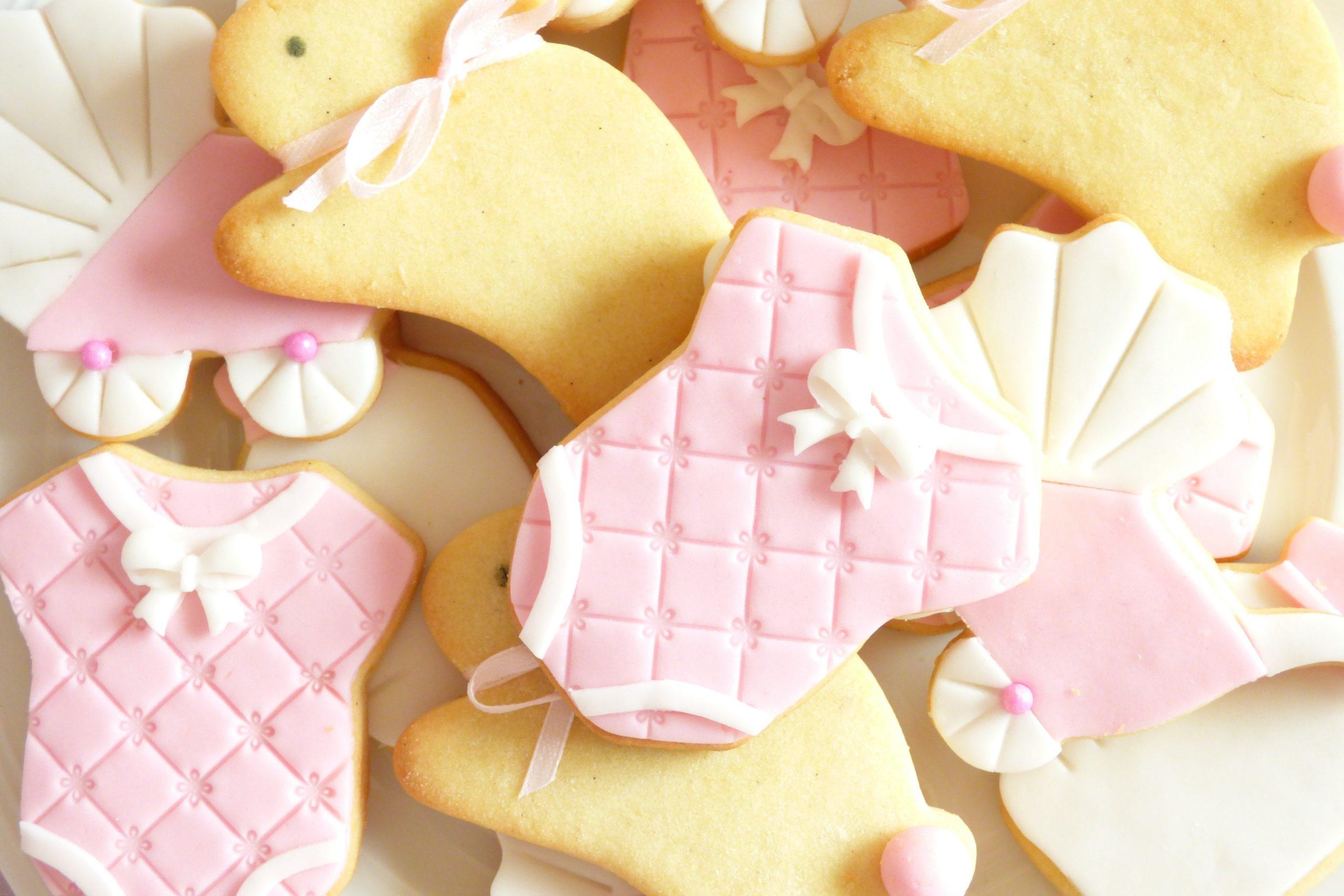 biscotti tutina bavaglino carrozzina bambina battesimo primo compleanno