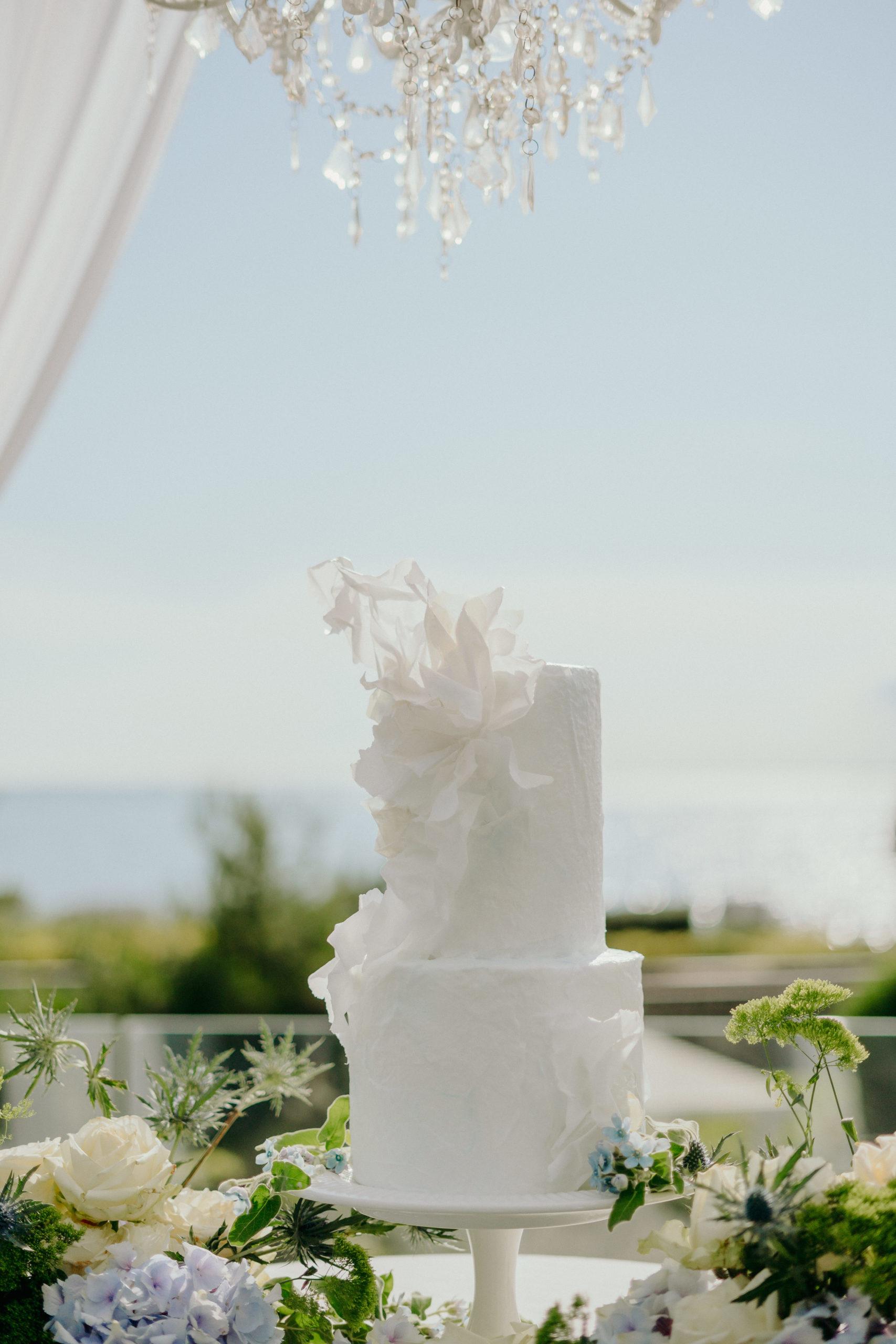 wedding cake con decori in carta di riso