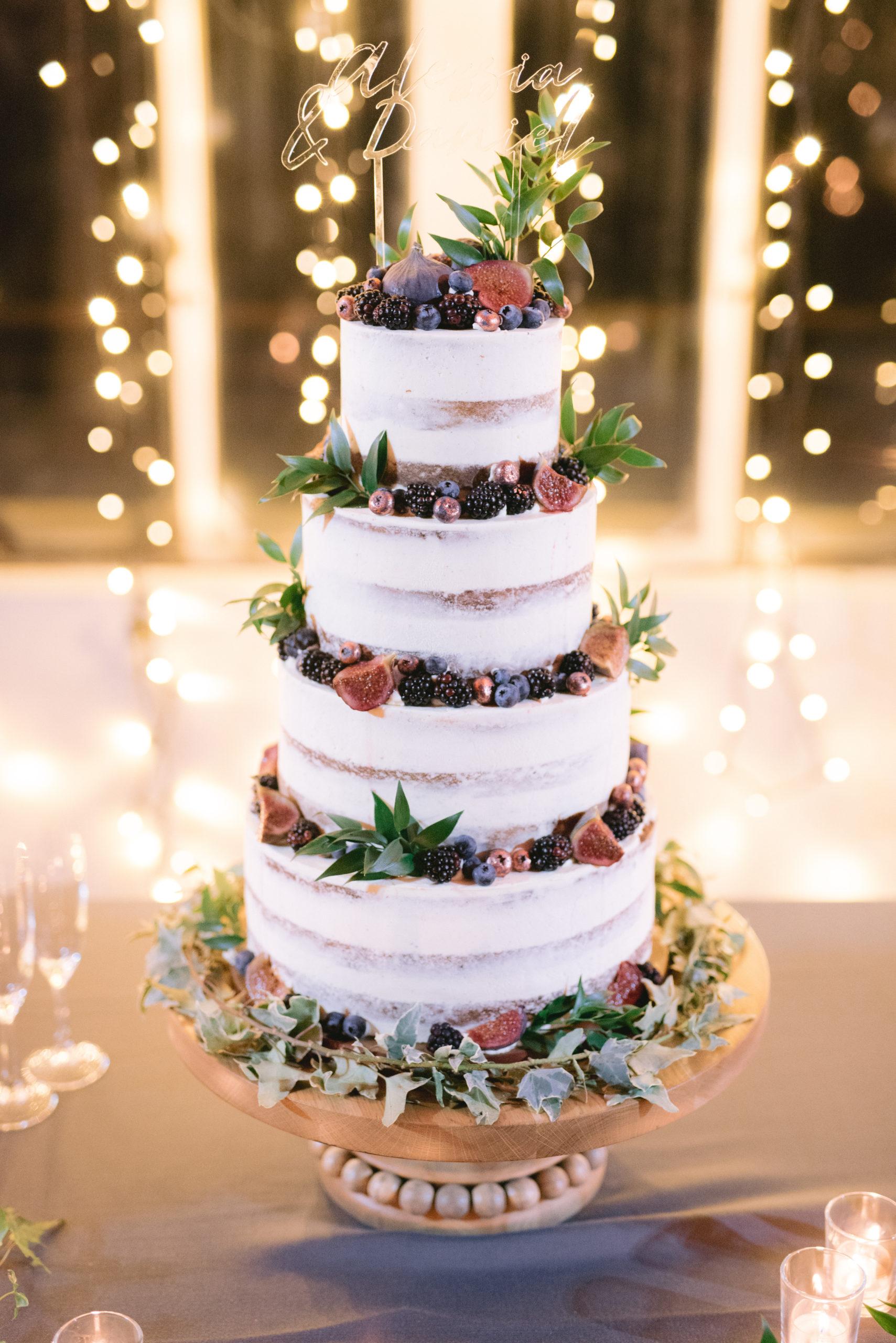 wedding cake seminuda cron frutti di bosco e fichi