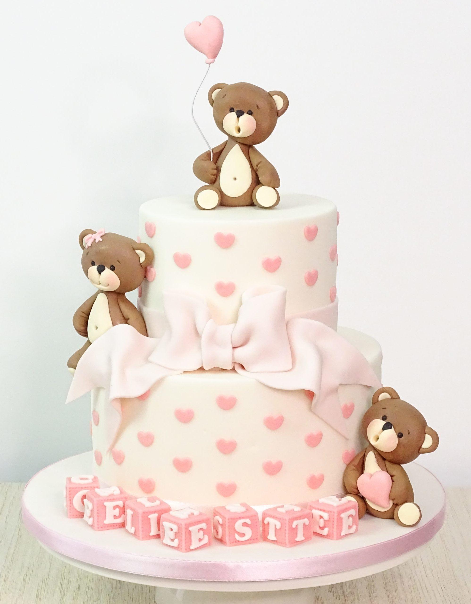 torta bianca e rosa con cuori fiocco orsetti palloncino